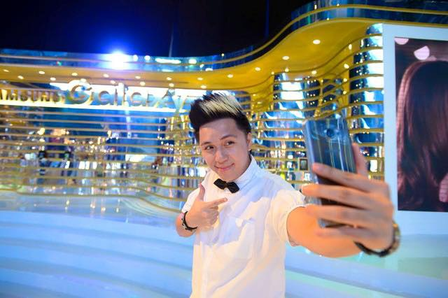 Sao Viet thich thu trai nghiem tinh nang cua Galaxy S7 hinh anh 4