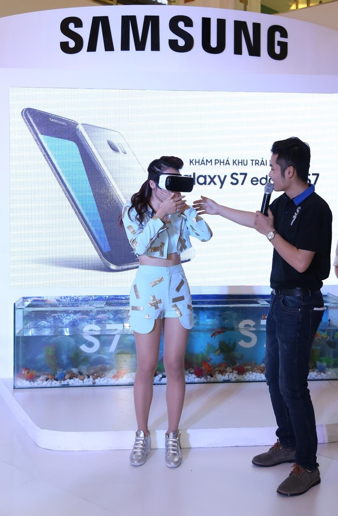 Sao Viet thich thu trai nghiem tinh nang cua Galaxy S7 hinh anh 2