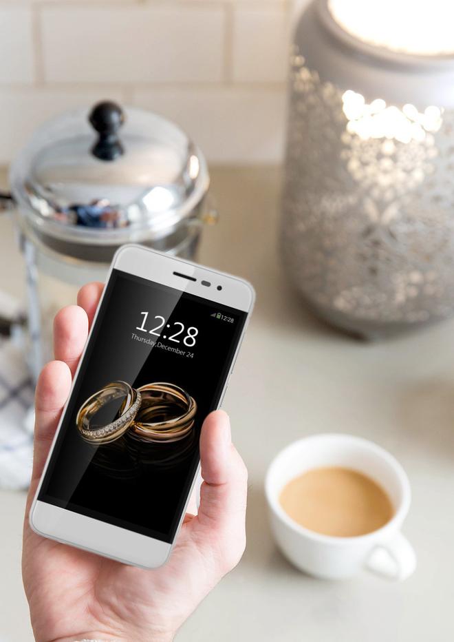 Fancy - smartphone thoi trang danh cho phai dep hinh anh 2