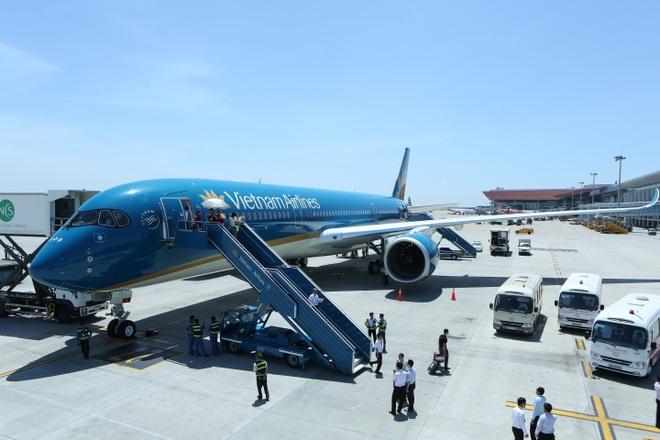 Vietnam Airlines ngung 10 chuyen bay do thoi tiet xau hinh anh