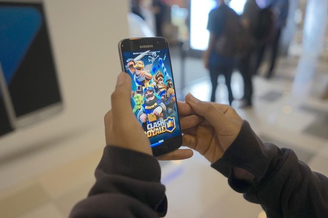 Galaxy S7 chieu long game thu voi phan mem choi game hap dan hinh anh 5