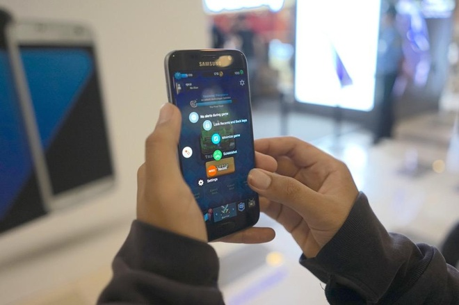 Galaxy S7 chieu long game thu voi phan mem choi game hap dan hinh anh 6