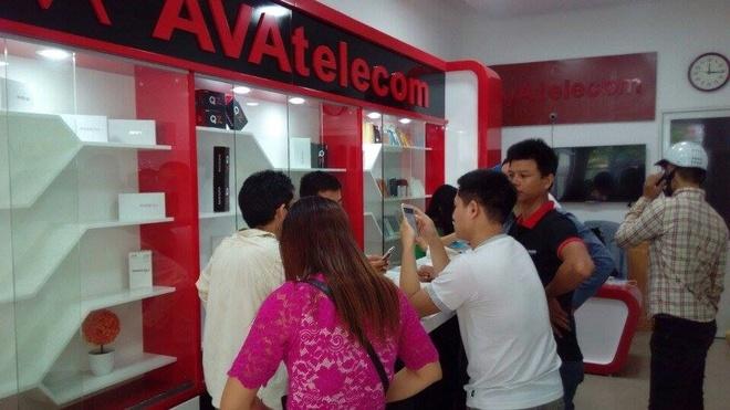 Smartphone Titan Q8 uu dai lon hut nguoi dung hinh anh 2