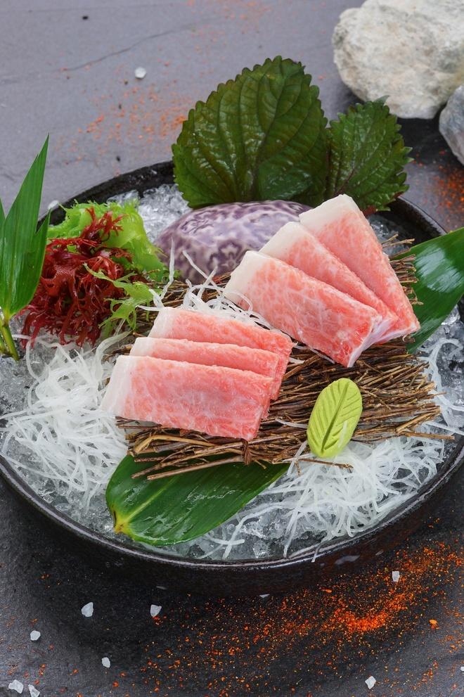 Thuong thuc sushi cua dau bep 25 nam gan bo voi am thuc Nhat hinh anh 3