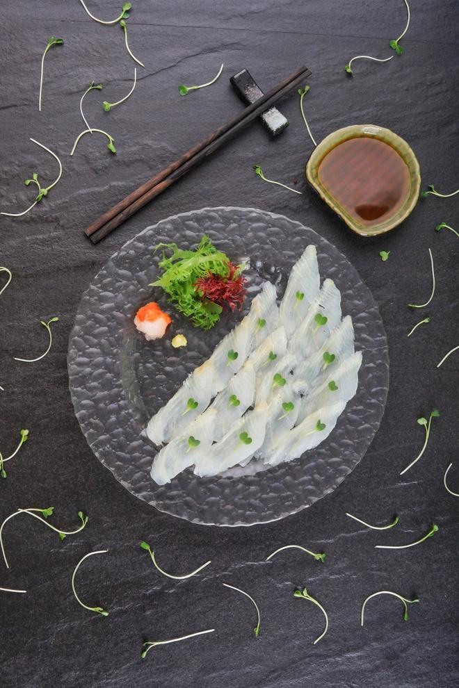 Thuong thuc sushi cua dau bep 25 nam gan bo voi am thuc Nhat hinh anh 2