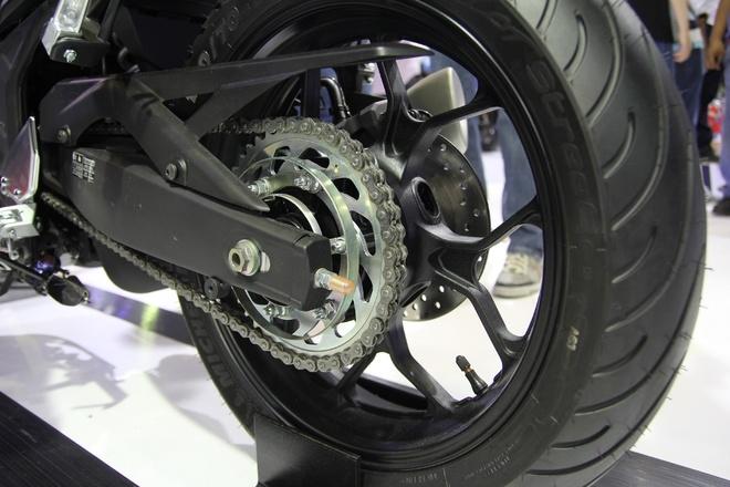Can canh naked-bike Yamaha MT-03 hinh anh 8