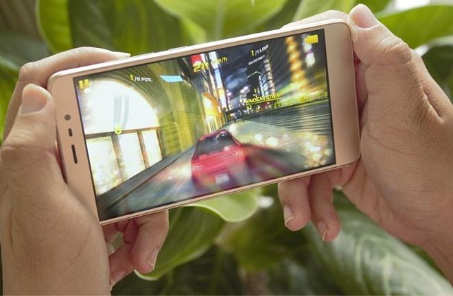 5 smartphone man hinh lon, RAM 3 GB tam gia 5 trieu dong hinh anh 1