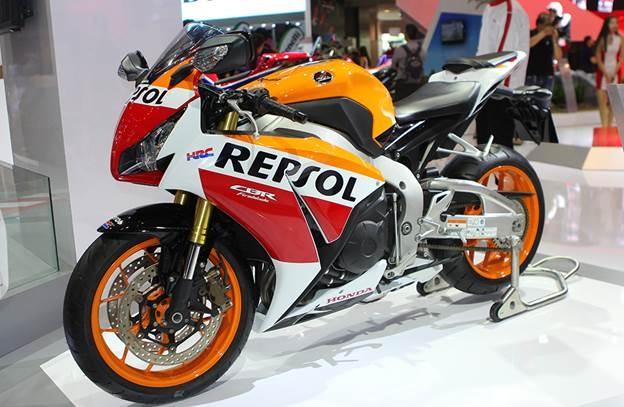 Honda Winner 150 hut khach tai trien lam xe may Viet Nam hinh anh 4
