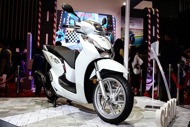 Honda Winner 150 hut khach tai trien lam xe may Viet Nam hinh anh 8