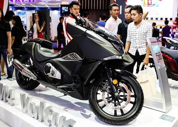 Honda Winner 150 hut khach tai trien lam xe may Viet Nam hinh anh 9