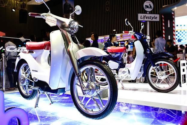 Honda Winner 150 hut khach tai trien lam xe may Viet Nam hinh anh 10
