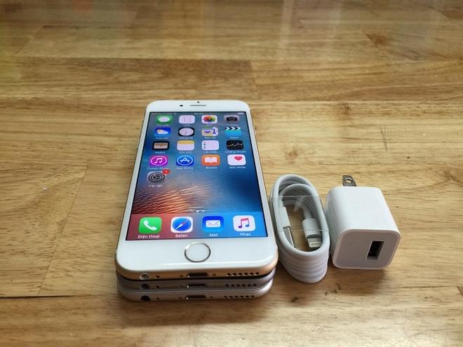 iPhone 5S/6 gia ban duoi 3 trieu dong hut nguoi mua hinh anh 1