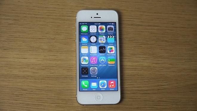 iPhone 5S/6 gia ban duoi 3 trieu dong hut nguoi mua hinh anh 4