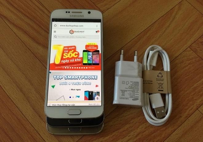 Loat smartphone Samsung giam gia gan 10 trieu dong hinh anh 3