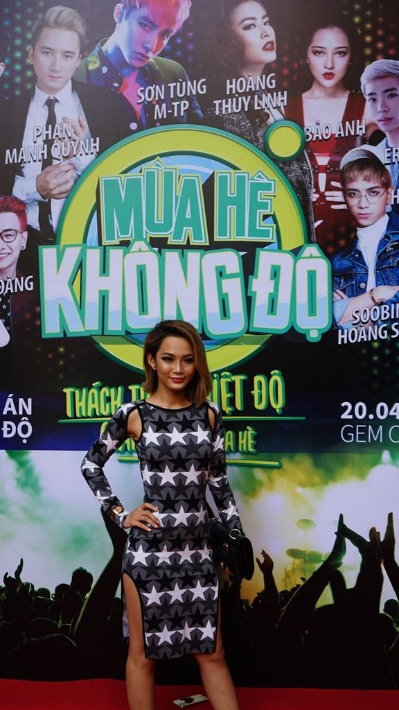 Son Tung M-TP khoi dong tour dien xuyen Viet cho sinh vien hinh anh 4