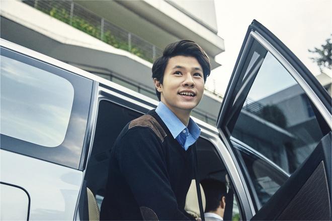 GrabCar chinh thuc co mat tai san bay Tan Son Nhat hinh anh
