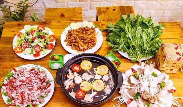 Thuong thuc cac mon ngon la tai Pho Nam Bao Quyen hinh anh 2