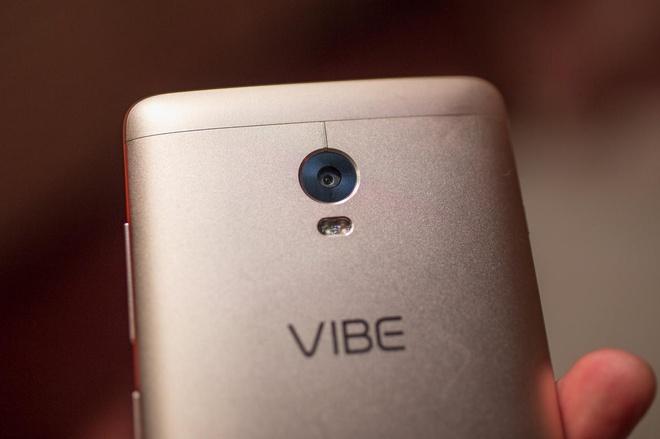 5 smartphone ha gia manh hut nguoi mua trong thang 4 hinh anh 2