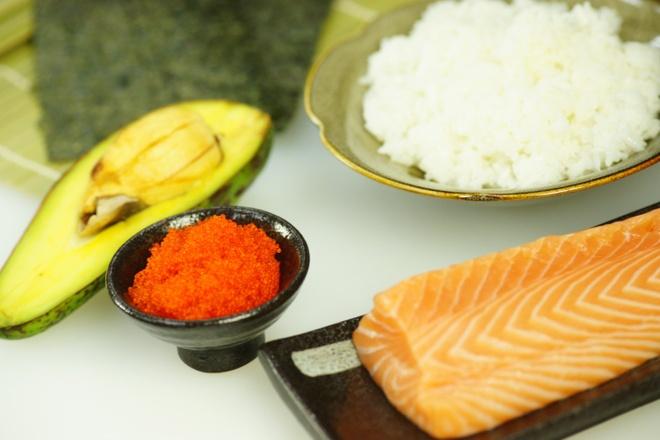 Cach lua chon nguyen lieu cho mon sushi ngon hinh anh