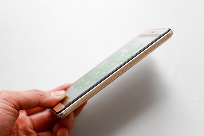 FPT X505: Smartphone thoi trang tam gia duoi 2 trieu dong hinh anh 5