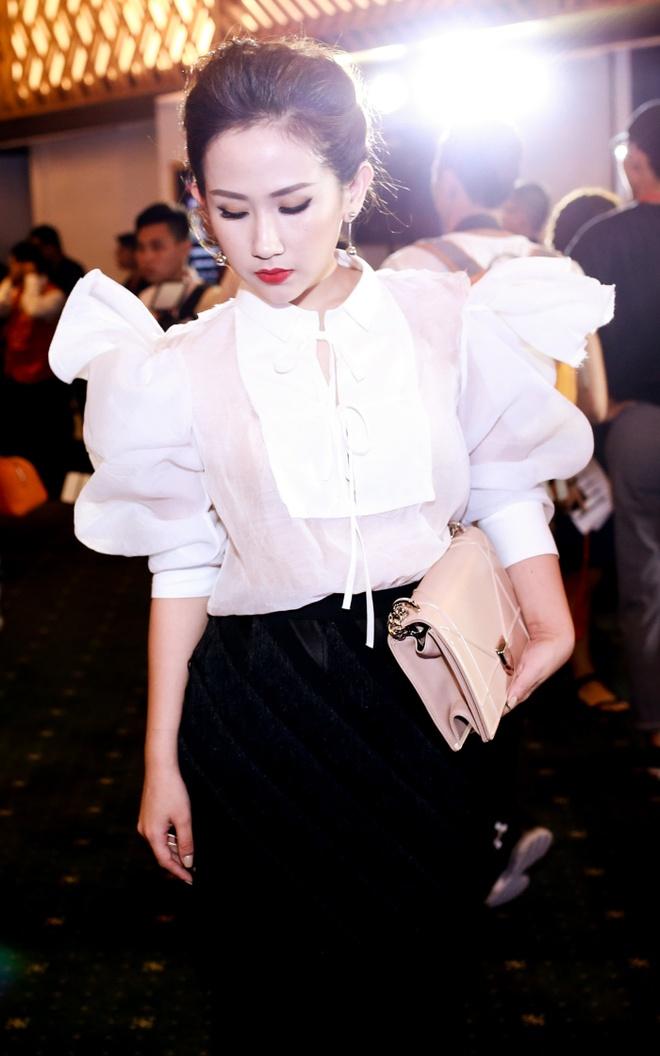 4 bo canh sanh dieu cua fashionista Tram Nguyen o VIFW hinh anh 10