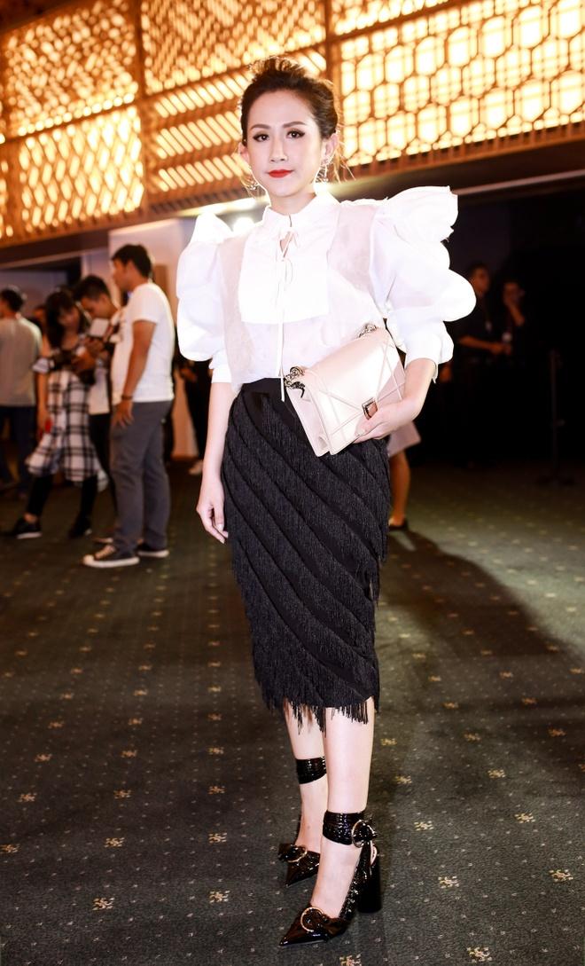 4 bo canh sanh dieu cua fashionista Tram Nguyen o VIFW hinh anh 4