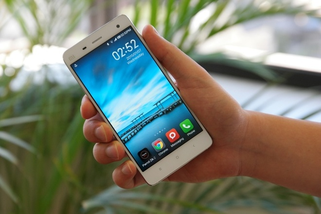 5 smartphone RAM 3 GB, man hinh lon gia tu 3 trieu dong hinh anh 1