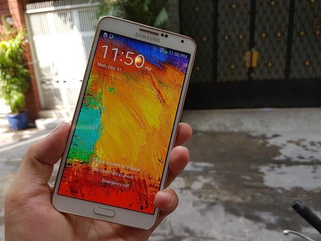 5 smartphone RAM 3 GB, man hinh lon gia tu 3 trieu dong hinh anh 3