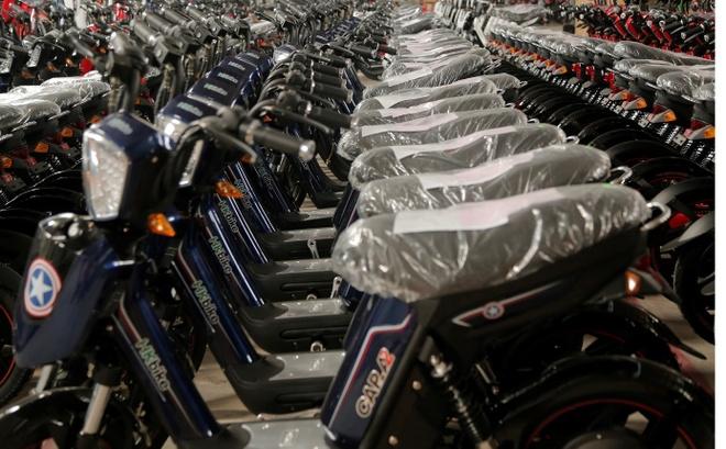HKbike ban 6.300 xe dien trong mot ngay hinh anh 1