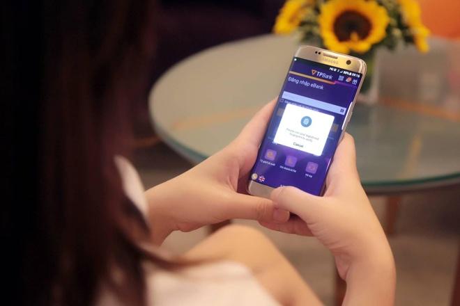 TPBank ho tro dang nhap, thanh toan bang van tay voi Android hinh anh 2