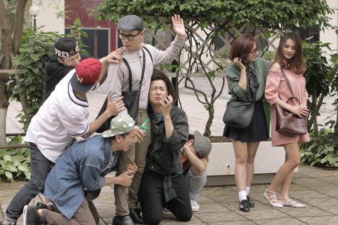 Ngo Kien Huy 'nghi thong mo loi' trong MV moi hinh anh
