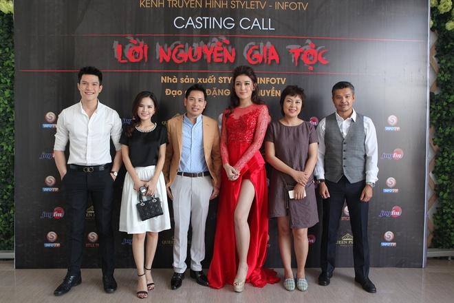 A hau Huyen My tham gia casting phim 'Loi nguyen gia toc' hinh anh