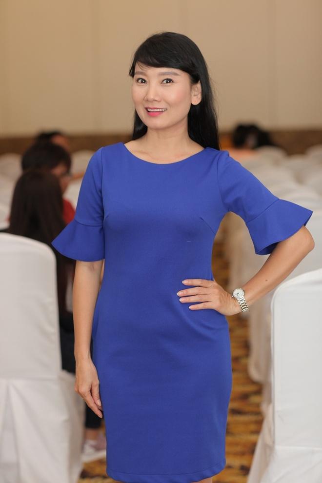 A hau Huyen My tham gia casting phim 'Loi nguyen gia toc' hinh anh 4
