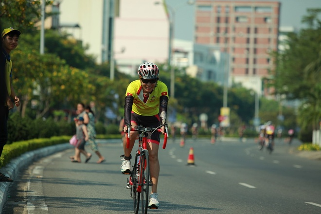 Hanh trinh can dich cua doi Number 1 tai Ironman 70.3 hinh anh 3
