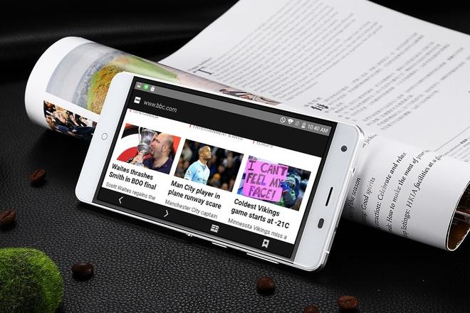 Avatelecom ra mat smartphone Titan Q8s hinh anh