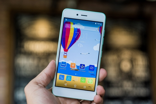 LAI Yuna C: Smartphone 7 mau pastel, man hinh cong 2,5D hinh anh