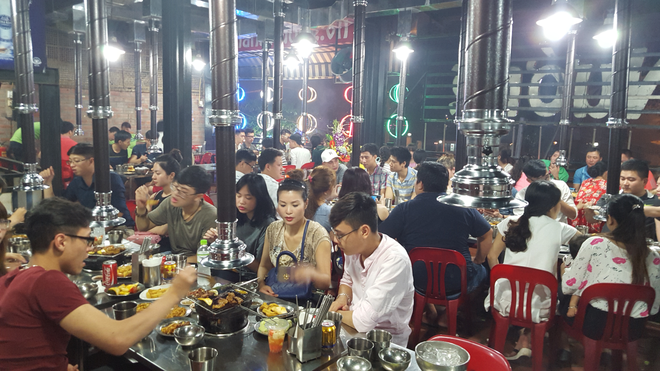 Tiec buffet 129.000 dong mung quan Nhang Nuong 10 tuoi hinh anh 2