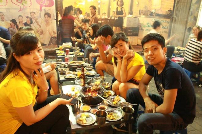 Tiec buffet 129.000 dong mung quan Nhang Nuong 10 tuoi hinh anh 3