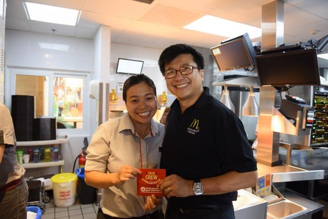 McDonald's Viet Nam tri an nhan vien bang hinh thuc la hinh anh 9