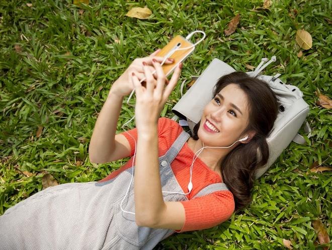 'Soi' tui du lich cua hot girl Ngoc Thao hinh anh