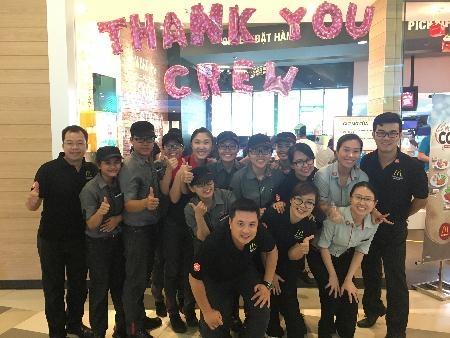 McDonald's Viet Nam tri an nhan vien bang hinh thuc la hinh anh 8