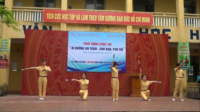 2.000 truong tham gia 'Di duong an toan - cho ban, cho toi' hinh anh 4