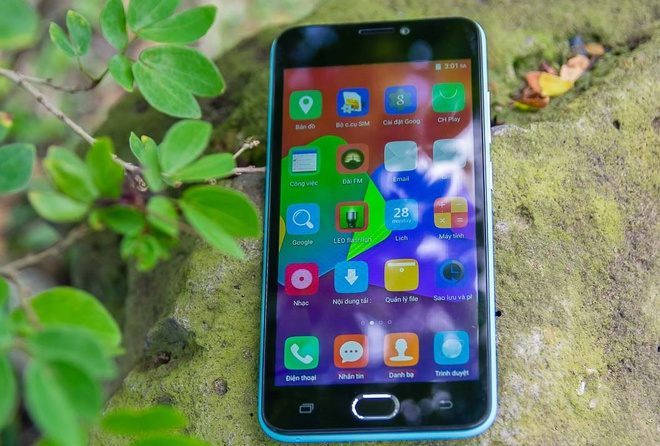 Mos 4G: Smartphone thiet ke tre trung, gia 1,95 trieu dong hinh anh