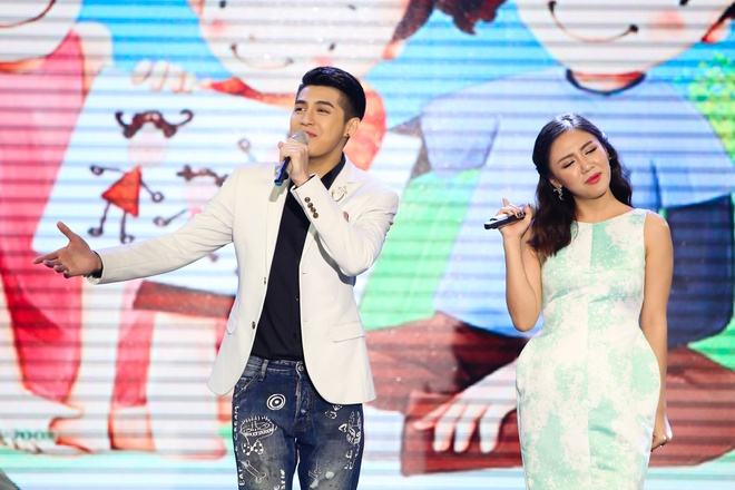 Noo Phuoc Thinh lan dau song ca cung Van Mai Huong hinh anh 6