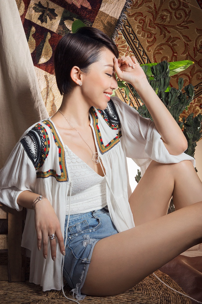 Toc Tien an tuong voi phong cach boho-chic hinh anh 1