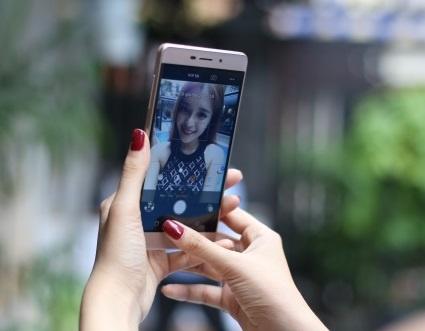 Coolpad Sky 3 - smartphone ho tro selfie chuyen nghiep hinh anh
