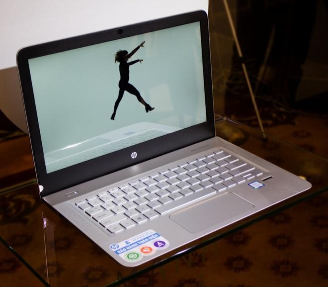 Laptop HP Envy 13 - D020TU: Thiet ke nhe, am thanh B&O hinh anh