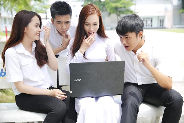Acer Aspire F5 - laptop gia mem danh cho sinh vien hinh anh