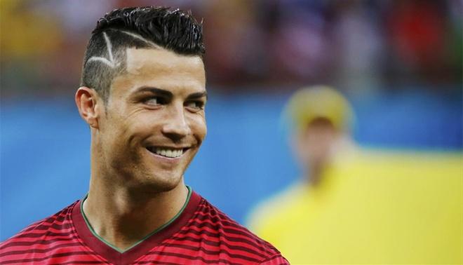 Thoi trang toc cua Cristiano Ronaldo hinh anh 3