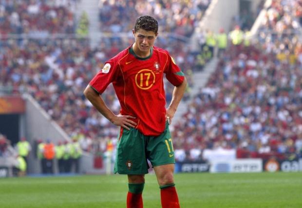 Su truong thanh cua Cristiano Ronaldo sau 4 mua Euro hinh anh 2